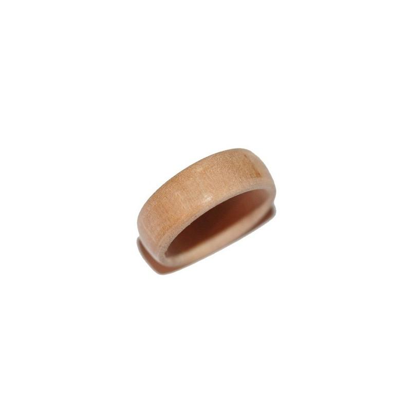 Bague en bois en aubépine