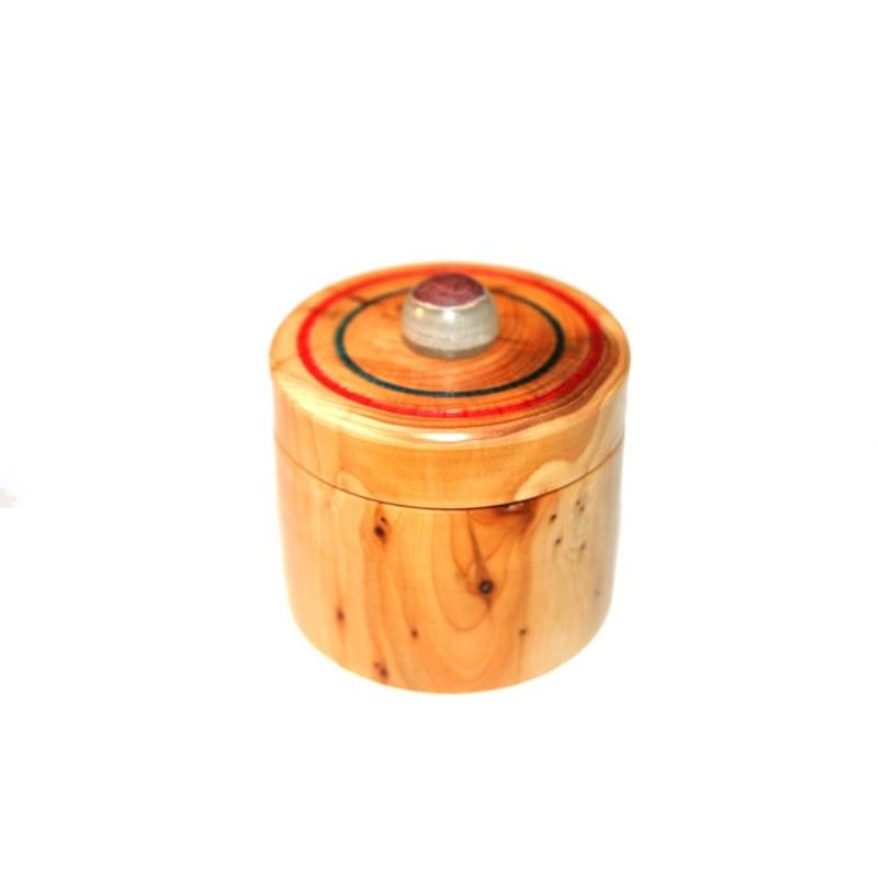 Boite ronde en bois d'If avec décoration et bille en Marbre Onyx